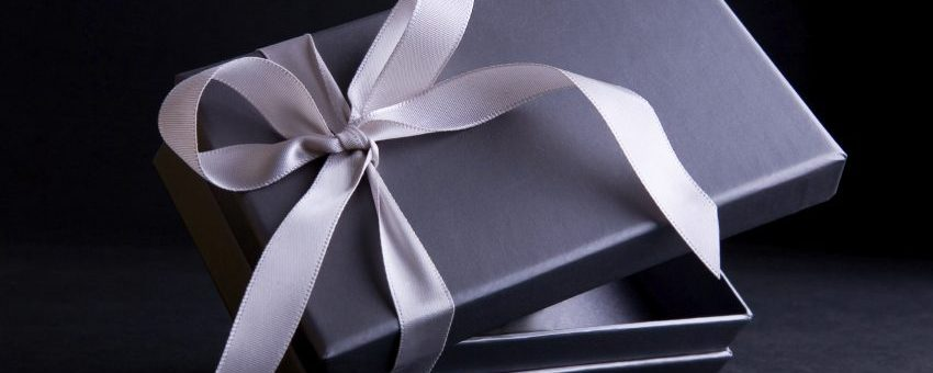 TOP 5 Thoughtful and Luxurious Gift Ideas This 2021!